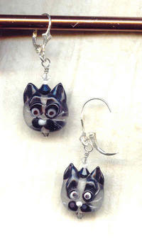 Handmade Lampwork Glass Siamese Cat Face Earrings - Too Cute!