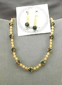 Aragonite and Dark Green Aventurine Choker and Earrings Set